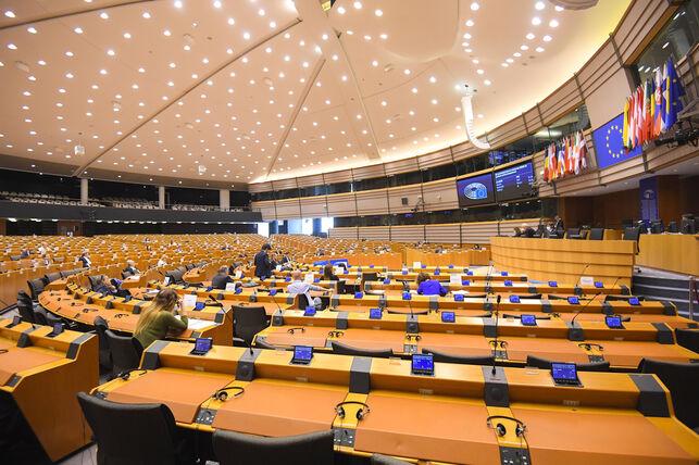El Parlament Europeu pren la iniciativa
