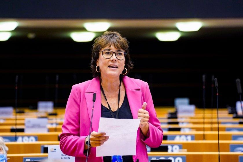 """Riba: """"El Parlament Europeu està fent un pas històric contra les violències masclistes"""""""