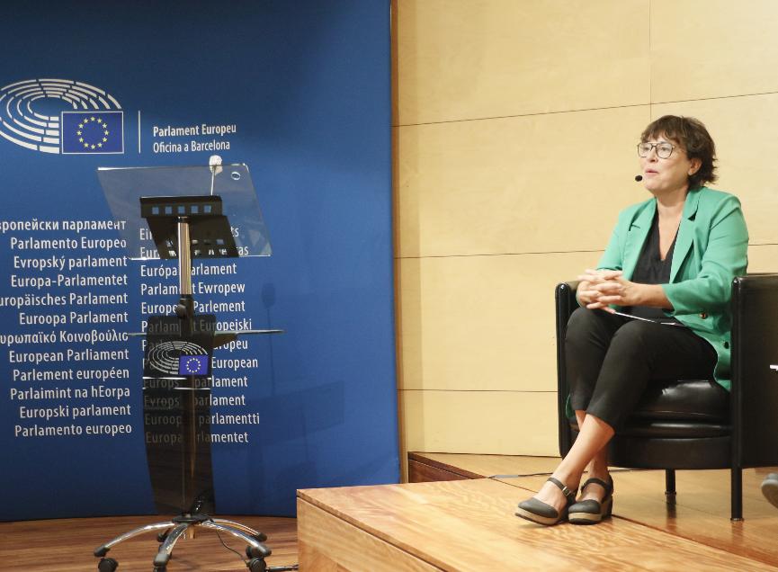 El Parlament Europeu reclama incloure les violències masclistes al llistat de delictes d'abast europeu, gràcies a l'informe de l'eurodiputada d'Esquerra, Diana Riba